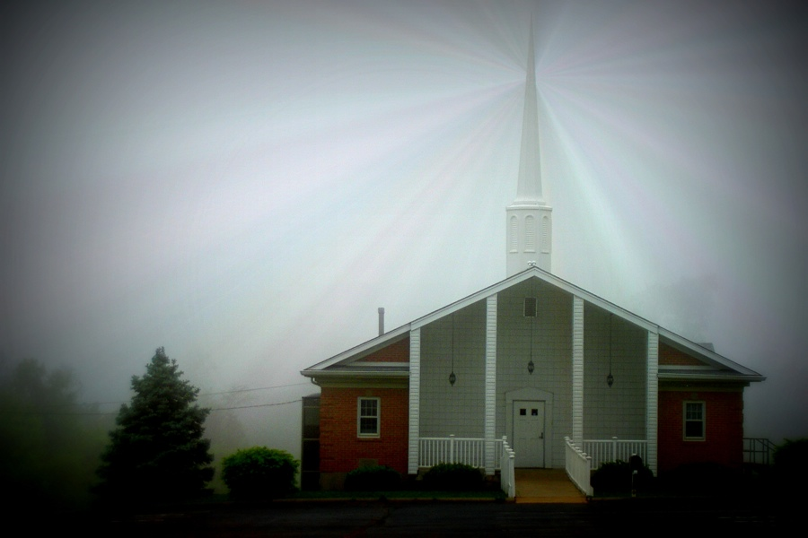 pic-light-steeple-church-900x600