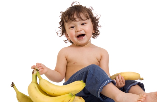 pic-toddler-bananas-650x425